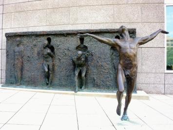 Freedom de ZenosFrudakis-Philadelphia-Pennsylvania-USA-02